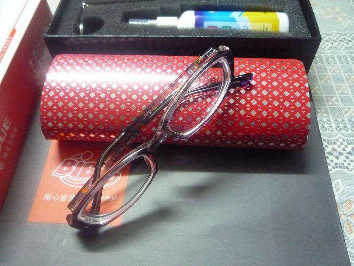 高度近视眼_(-800度)超薄高度近视眼镜(试与-200度普通近视眼镜薄厚度相 ...