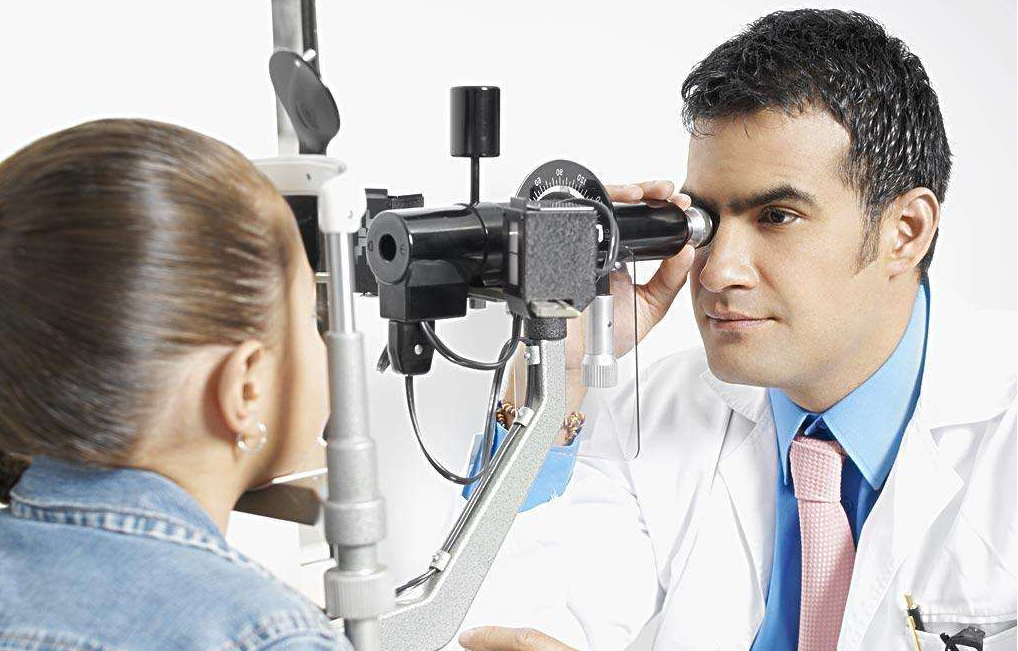 1000度近视的朋友医学验光为何医生不愿出具处方单?